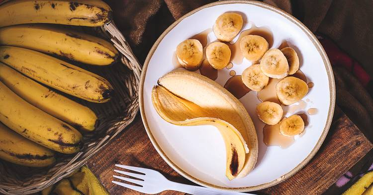 Banana in remedy of abdominal pain Photo by Eiliv-Sonas Aceron on Unsplash